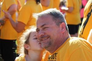 Ashlyn & Papa at Walk (1)